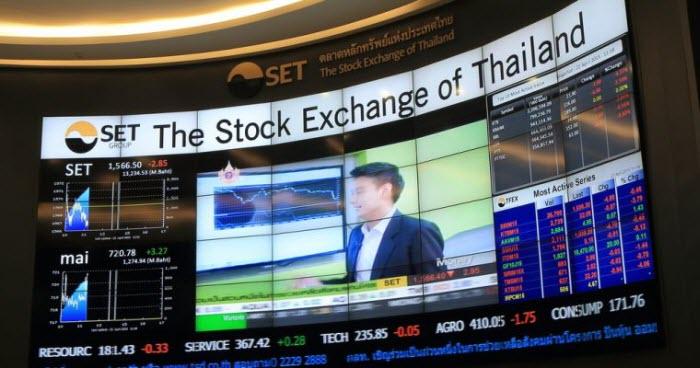 кадры с бизнес-телевидения Таиланда с надписью Stock Exchange of Thailand
